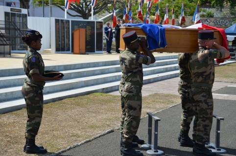 L'arrivée du cercueil contenant les restes mortels de Kalepo Wabete.