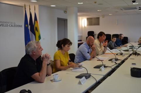 Quatre membres du groupe d'experts de l'IRD, de l'Institut Pasteur de Nouvelle-Calédonie et du CHT ont assisté au point d'étape.