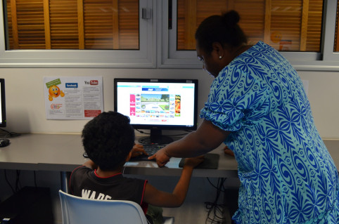 À Kaméré comme dans tous les EPN, un animateur assure un service permanent aux usagers.