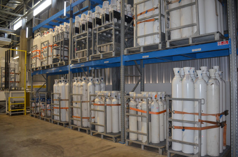 360 bouteilles de 50 litres d'oxygène gazeux peuvent être conditionnées en 24 heures.