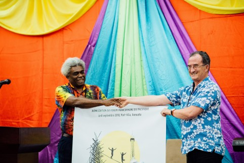 Jean-Pierre Nirua et Bernard Deladrière partagent une vision généreuse de la francophonie. (Photo © Groovy Banana)