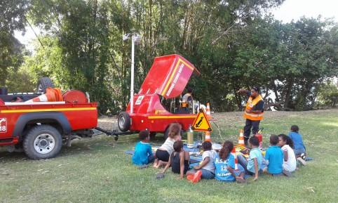 À Hienghène, les sapeurs-pompiers en pleine sensibilisation.