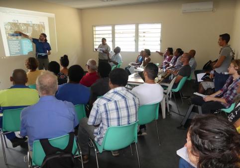 Les groupes d'approche intégrée ont mobilisé la population locale, comme ici à Hienghène…