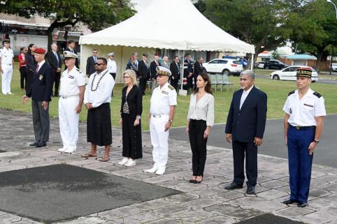 Les officiels se sont recueillis en souvenir des victimes du racisme et de l'antisémitisme.