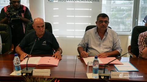 Philippe Germain et Gérard Pasco ont signé la convention, en présence de Nicolas Metzdorf, membre du gouvernement en charge de l'énergie et de l'agriculture.