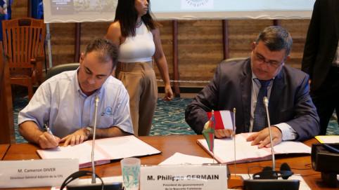 Le même jour, une convention de partenariat a été signée entre le gouvernement et la Communauté du Pacifique (CPS), représentée par son directeur, Cameron Diver.