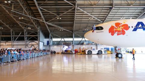 Première rencontre entre l'A330 et de nombreux Calédoniens.