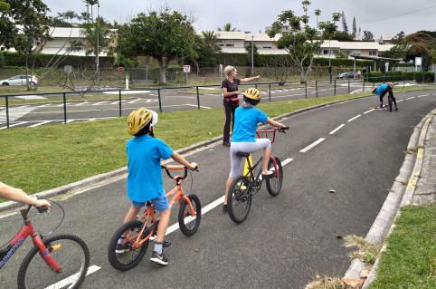 La piste d'éducation routière du Receiving a été réhabilitée en 2016 avec l'aide du gouvernement.
