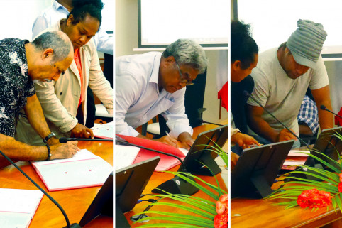L'accord passé entre le gouvernement, la province des Îles Loyauté, le Sénat coutumier, la présidence du Congrès et les conseils d'aires des Îles a permis de mettre fin au conflit.