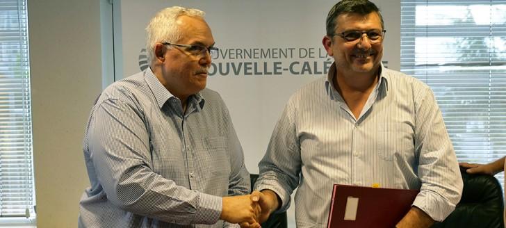 Luis-Miguel Casaroli, directeur du Crédit agricole mutuel et Philippe Germain, président du gouvernement.
