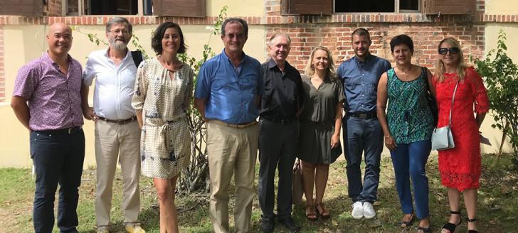 La plupart des partenaires de l'opération réunis autour de Bernard Deladrière et Valérie Meunier.