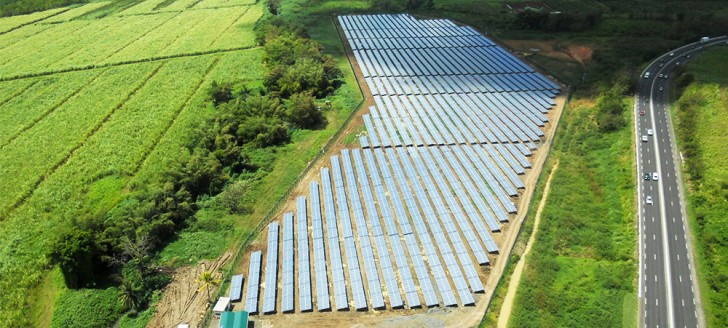 La centrale solaire de Ducos (© Quadran)