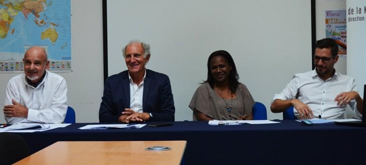 Hélène Iékawé, en charge de l'enseignement au gouvernement, et Jean-Charles Ringard-Flament, vice-recteur, ont mis l'accent sur l'efficacité de la plate-forme en Nouvelle-Calédonie.