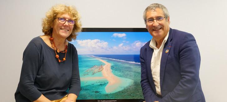 Claude Payri, vice-présidente, et Gilles Boeuf, président du comité scientifique du Parc naturel de la mer de Corail qui compte 12 experts au total dont neuf basés en Nouvelle-Calédonie.