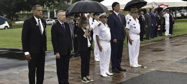 La cérémonie a réuni les autorités civiles et militaires. ©FANC