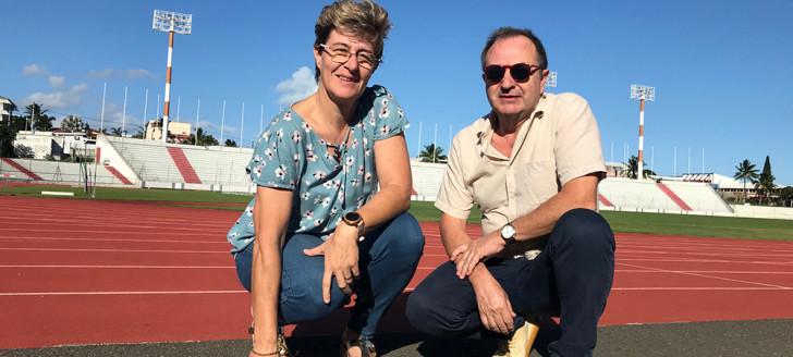 Félicia Ballanger, responsable de l'organisation antidopage en Nouvelle-Calédonie, et Richard Donnadieu, médecin du sport à la DJS et préleveur.