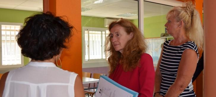 Nicole Belloubet a visité l'une des structures d'accueil pour les mineurs de la DPJEJ aux côtés de sa directrice, Christiane Tétu-Wolff.