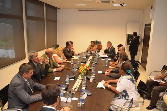 Election des membres du 14ème gouvernement de l'Accord de Nouméa