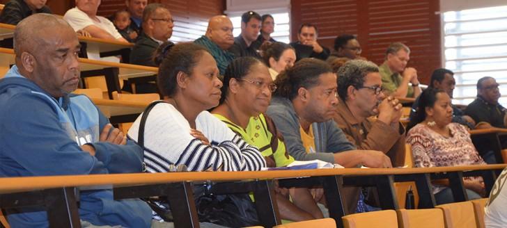 Près de 250 personnes avaient pris place dans le grand amphi de l'UNC, pour un colloque très attendu.