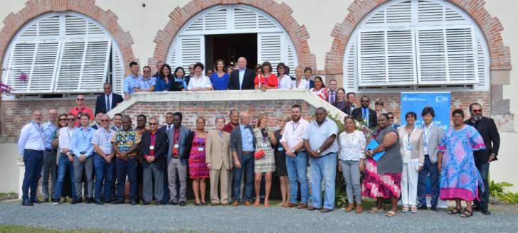 Directeurs d'Alliances françaises et d'Instituts français, professeurs de français langue étrangère, représentants de gouvernements composent les délégations du Forum francophone du Pacifique.