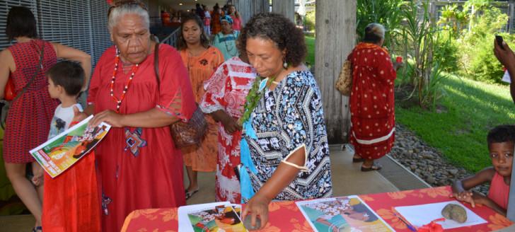 Des délégations des trois provinces se sont rejointes pour la Journée internationale des droits des femmes organisée par le secteur de la condition féminine du gouvernement.