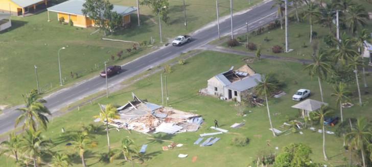 Lifou, au lendemain du passage dévastateur du cyclone tropical Donna. © Photos DR