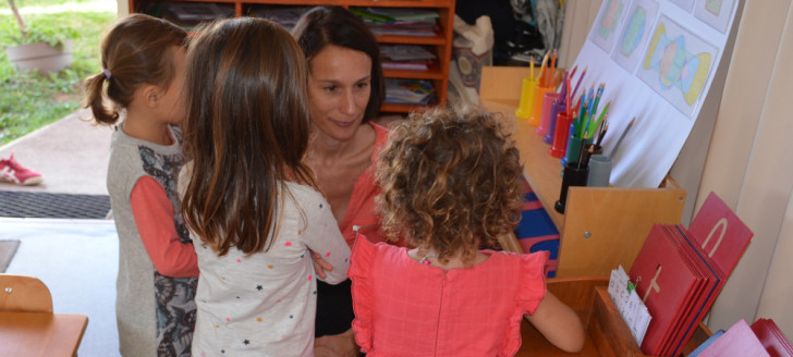 « On aime beaucoup notre petite école », ont confié les jeunes élèves à Isabelle Champmoreau.