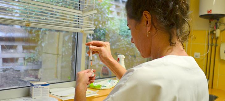 Trouvez le centre de vaccination le plus proche de chez vous sur www.gouv.nc/vaccination, rubrique « Où se faire vacciner ? ».