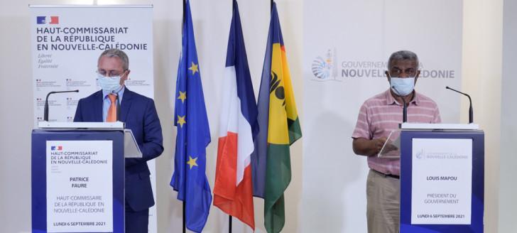 Le président du gouvernement et le haut-commissaire, lundi 6 septembre, au gouvernement.