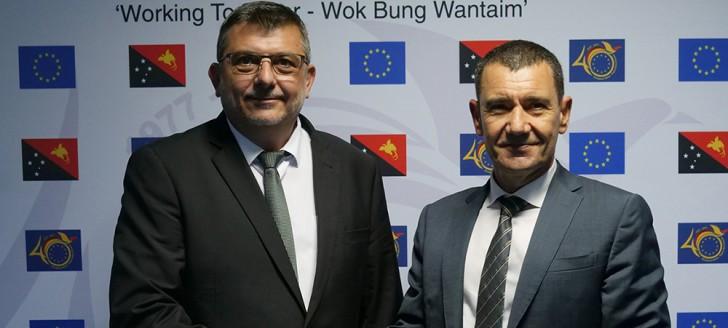 Parmi les rencontres diplomatiques, Philippe Germain s'est entretenu avec Ioannis Giogkarakis-Argyropoulos, l'ambassadeur de l'Union européenne en Papouasie-Nouvelle-Guinée.